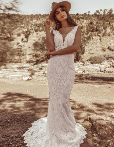 Cizzy Bridal White April