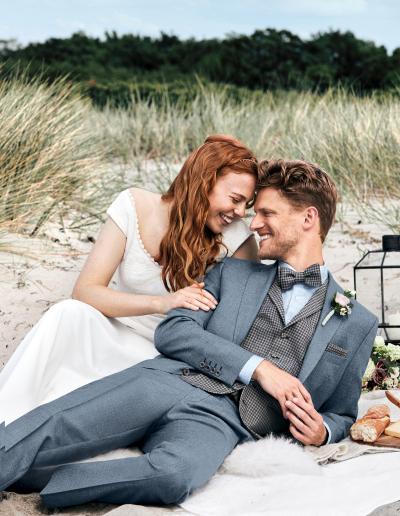 Prestige denimblauw bruidspak met fantasie gilet en plastron